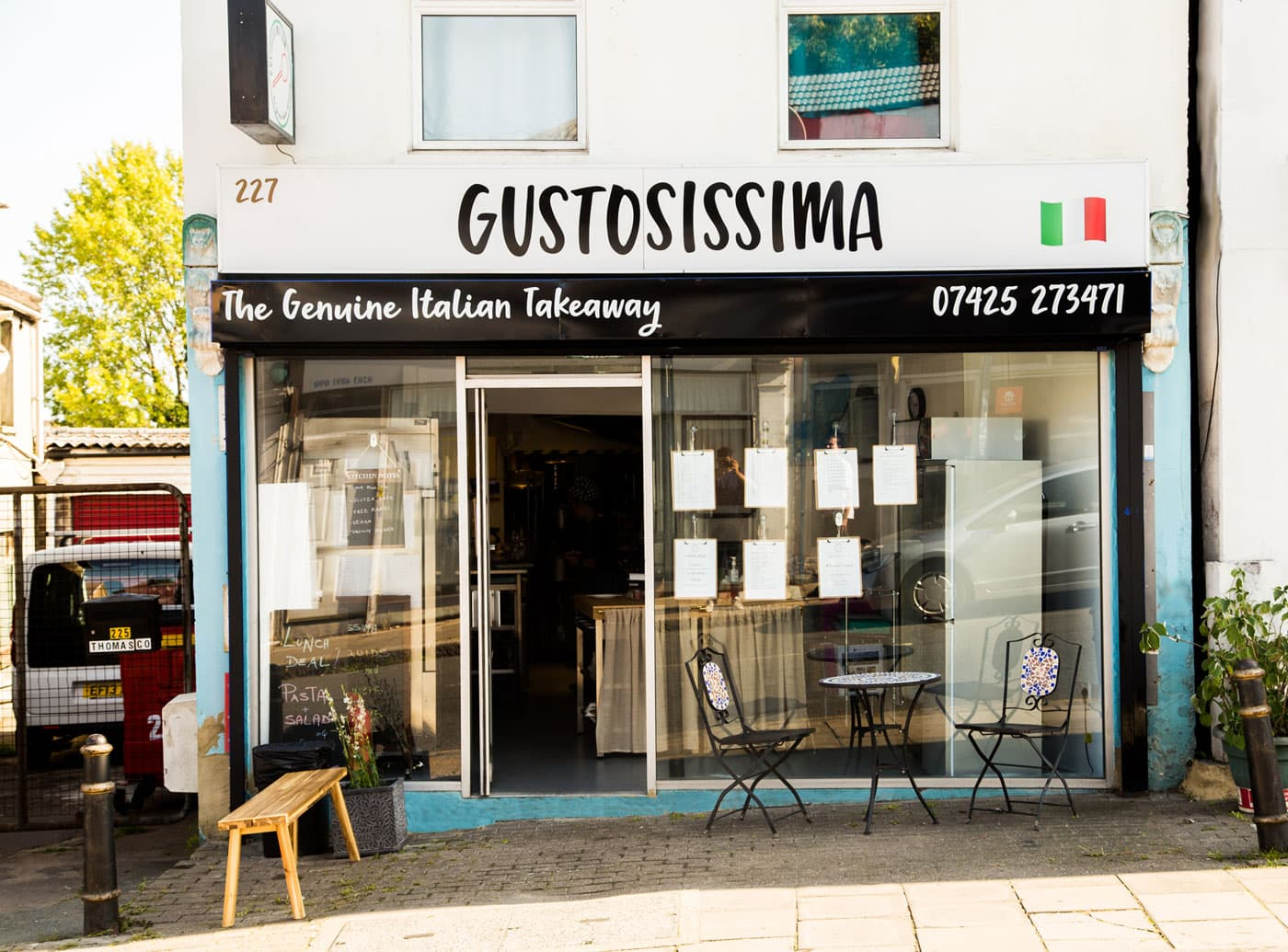 the front of an Italian restaurant, Gustosissima, signage designed by Bell Pepper Design